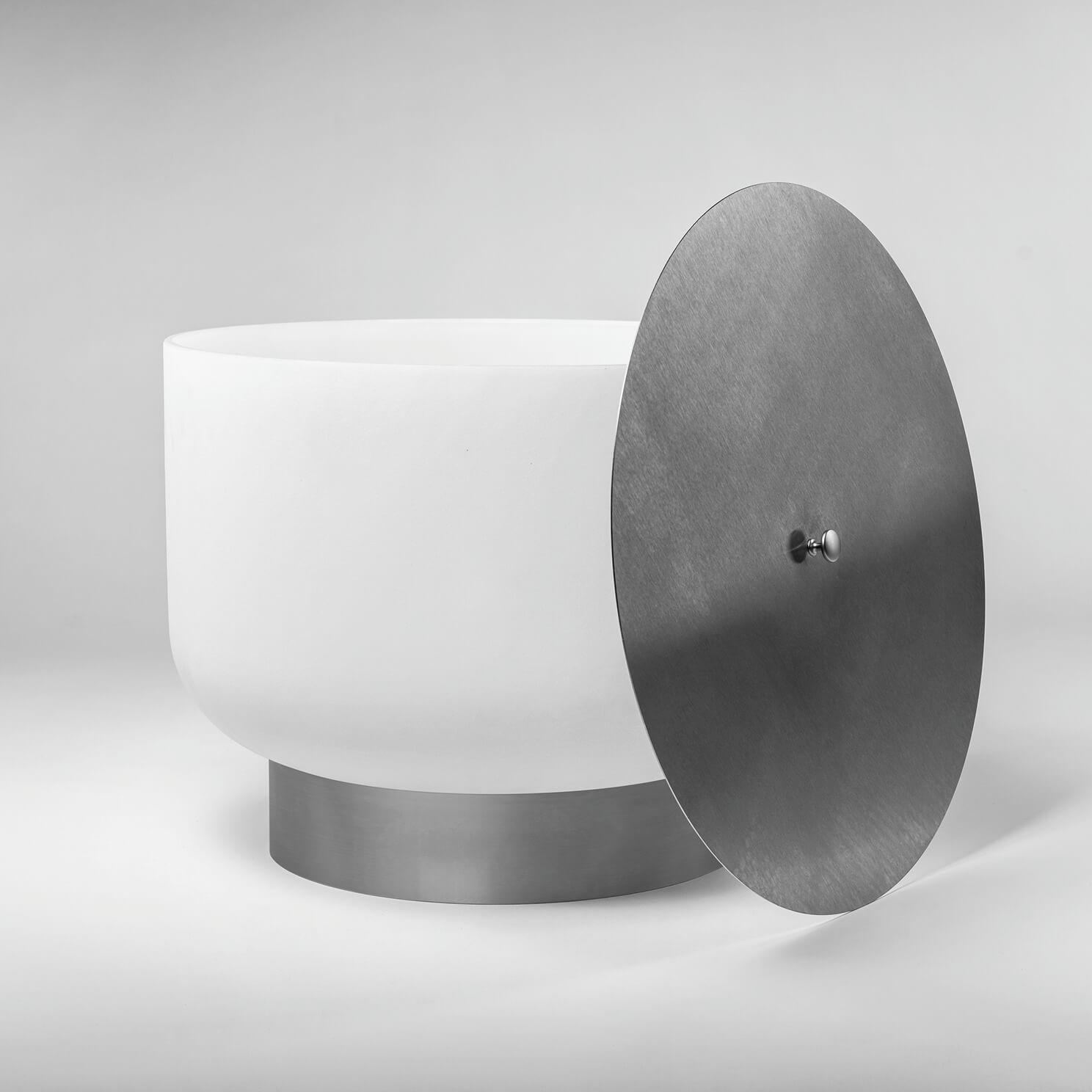 Vuurschaal van kwartsglas met bodem en deksel